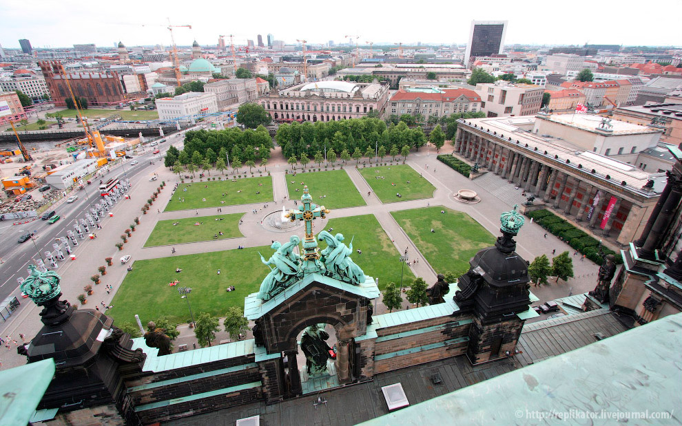 Берлин с высоты Берлинского Кафедрального СобораБерлин с высоты Берлинского Кафедрального Собора