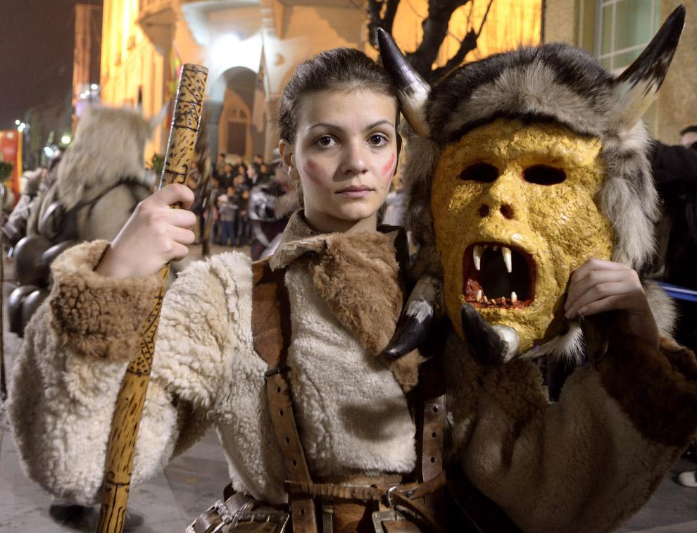 Карнавальное шествие в юго-восточной Македонии, в городе Струмице