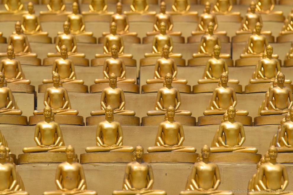 Храм Wat Dhammakaya и миллион золотых статуэток
