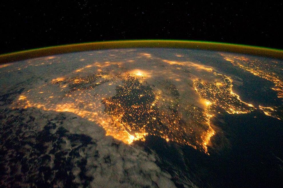 Огни Испании и Португалии. Вид с МКС