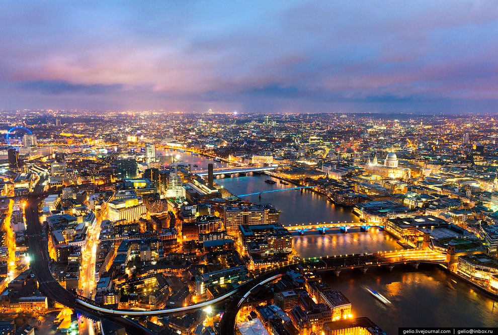В Лондоне чуть более 30 мостов через Темзу, из них 12 располагаются в центральной части города