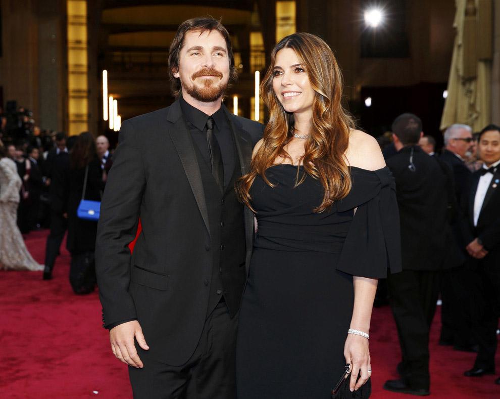 Кристиан Бэйл с женой. Номинант на Оскар за лучшую мужскую роль в фильме «Афера по-американски»
