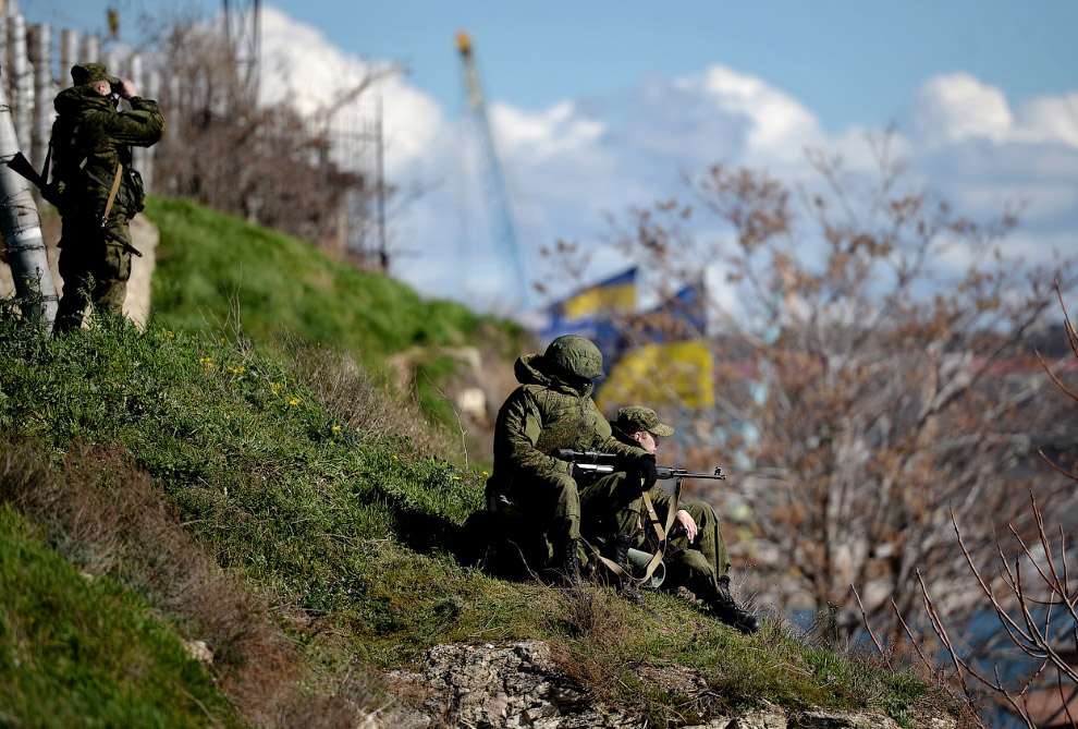 Российские войска в Севастопольской гавани