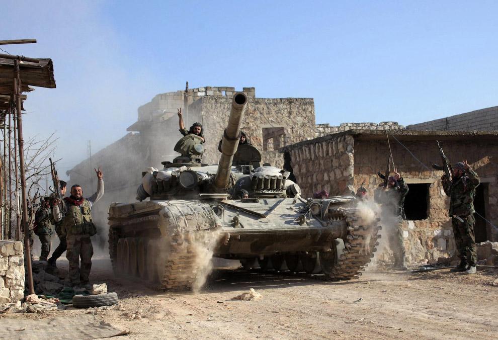 Правительственные войска на танках