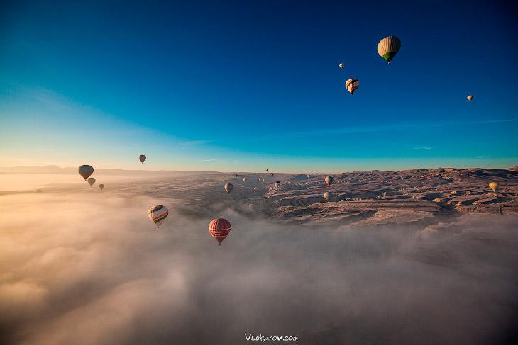 Каппадокия: сквозь туман на воздушном шаре