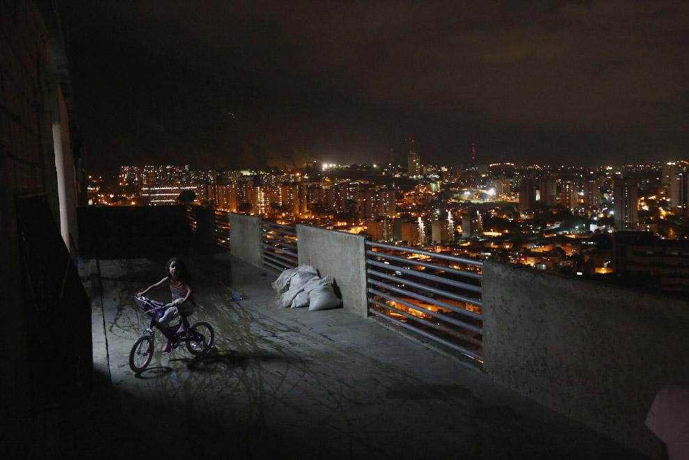 Ночной Каракас