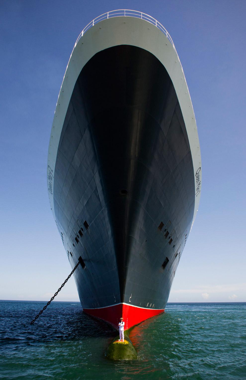 Queen Mary 2 - крупнейший океанский лайнер в мире и его капитан