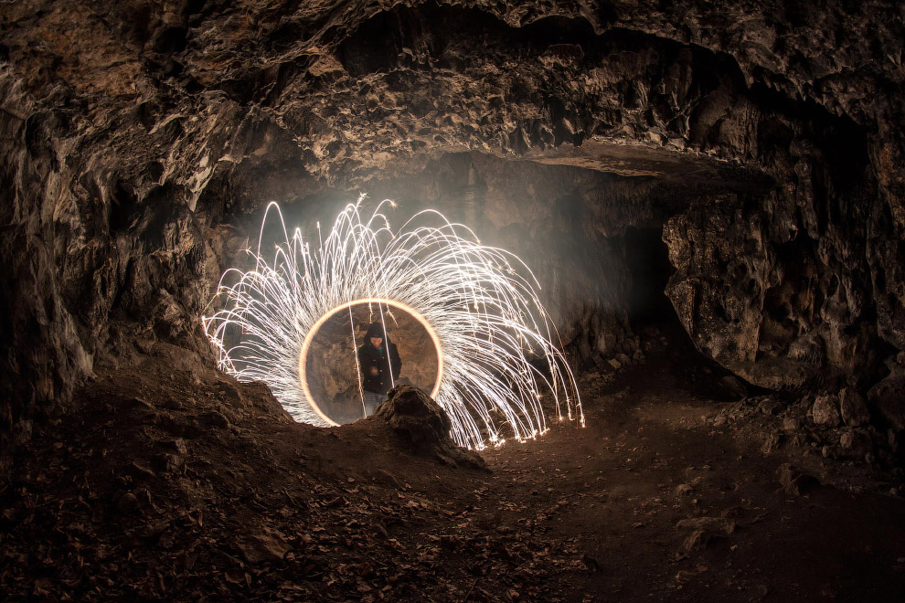 Касторовая пещера Ольштын в Польше