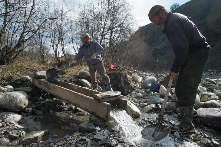 Добыча золота в Грузии: сванские золотоискатели