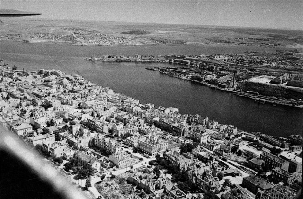Освобождённый Севастополь с высоты птичьего полёта