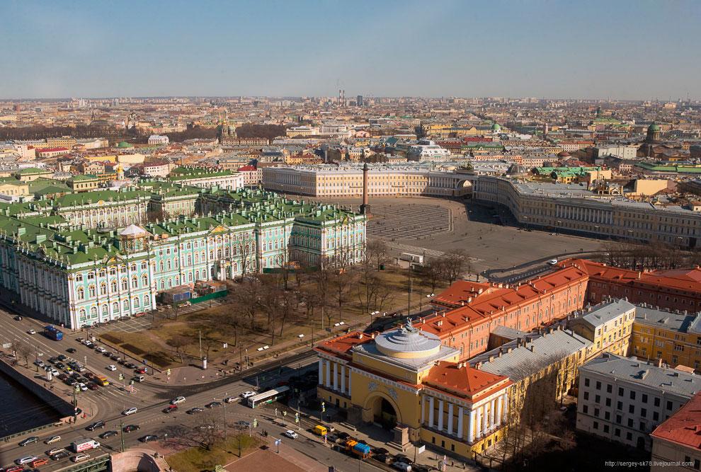 Эрмитаж, Дворцовая площадь