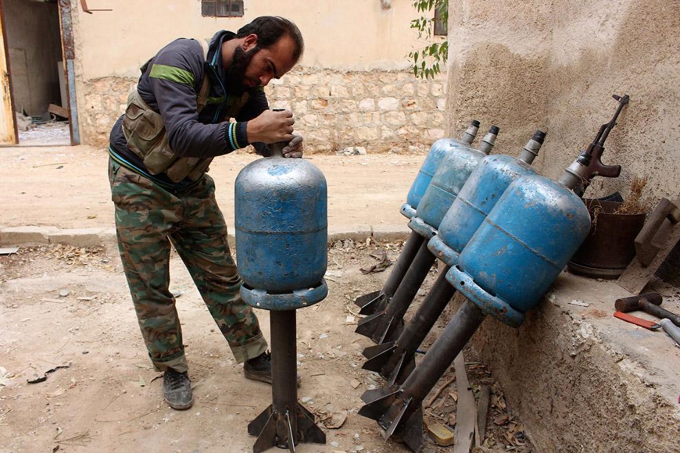 Самодельные ракеты, на конце которых емкости для бензина, Алеппо