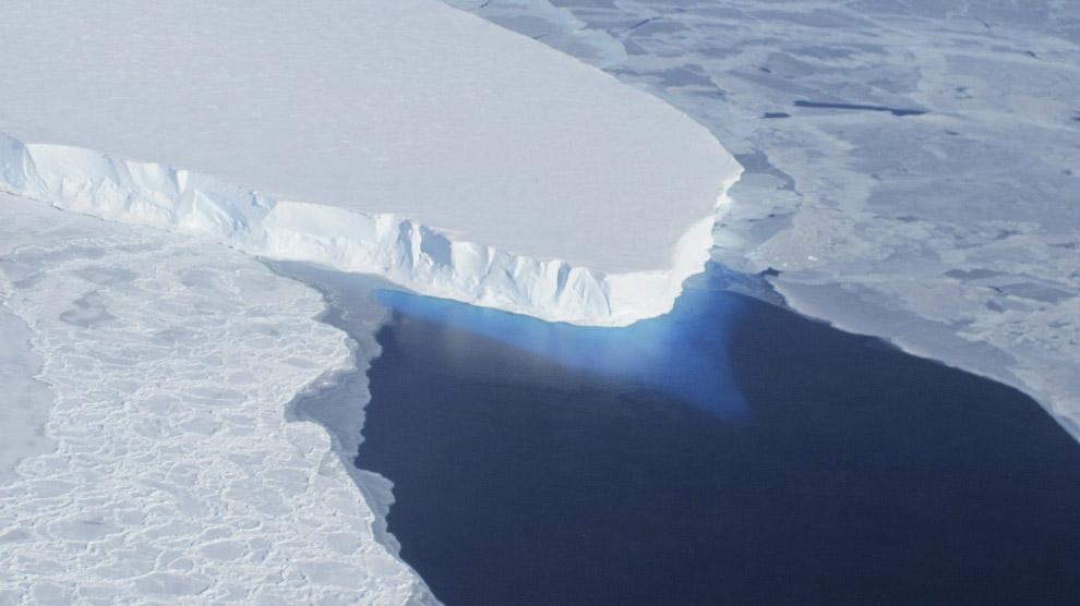 Крупный ледник на западе Антарктики — ледник Твейтса