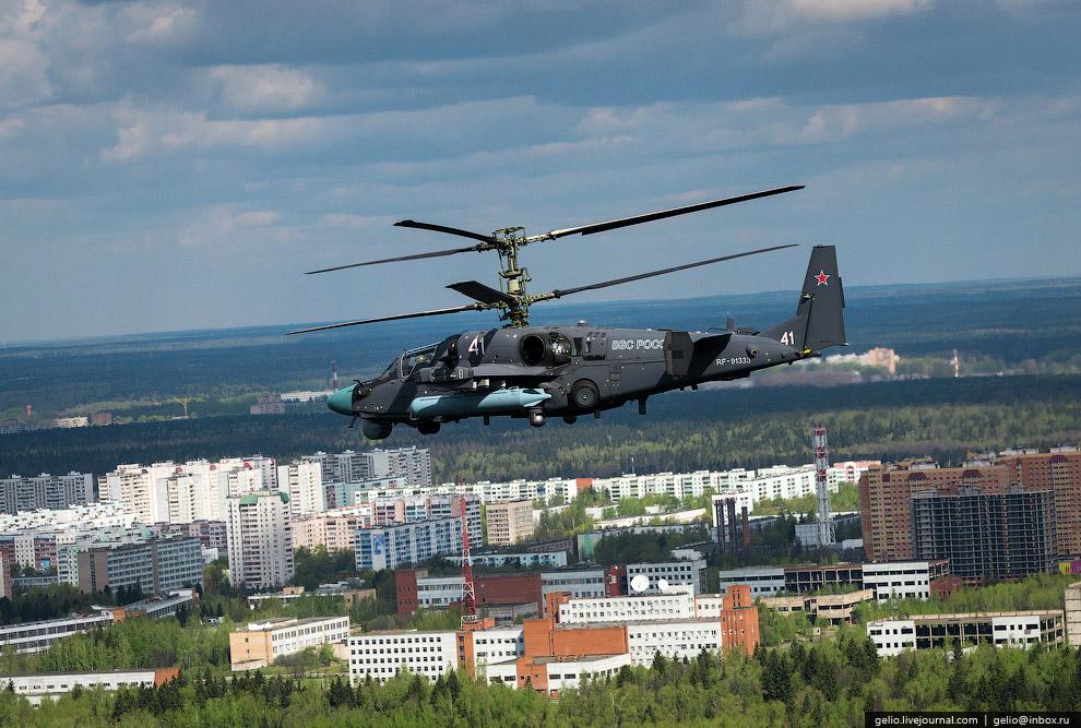 Ка-52 «Аллигатор» — российский ударный вертолёт