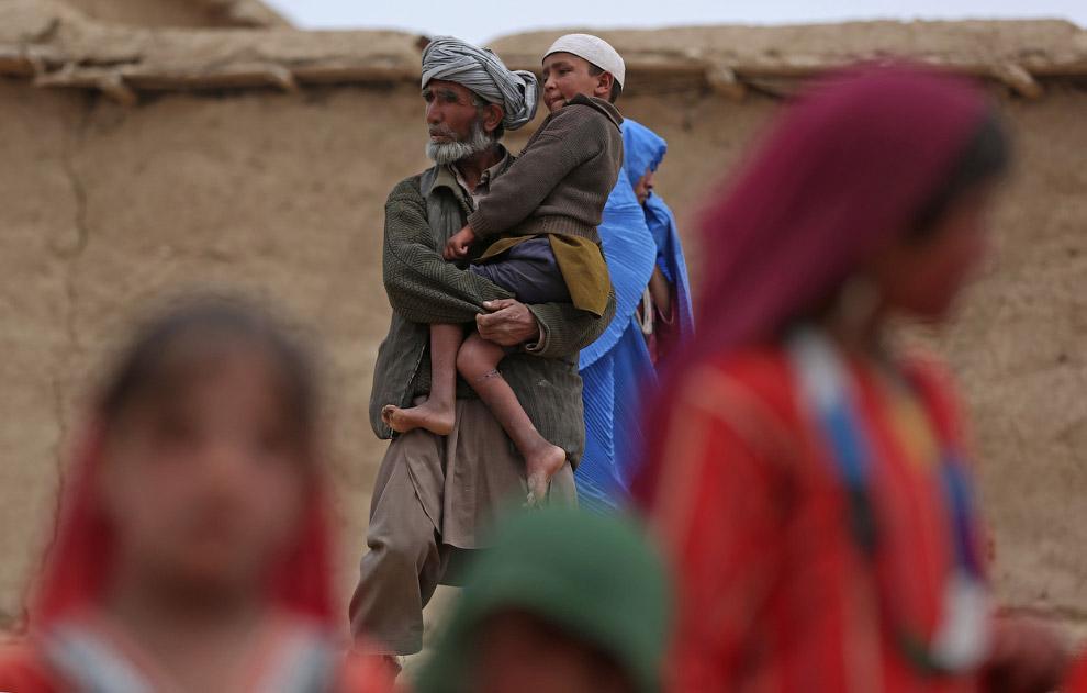 Огромный оползень в Афганистане
