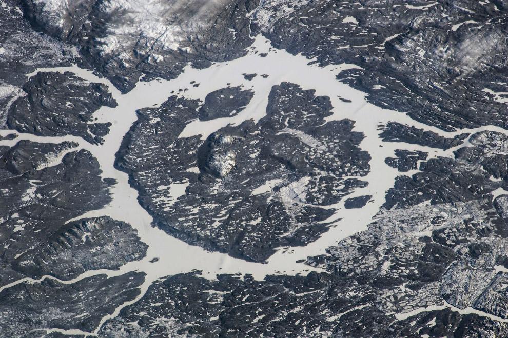 Ударный кратер Маникуаган в центральной части провинции Квебек