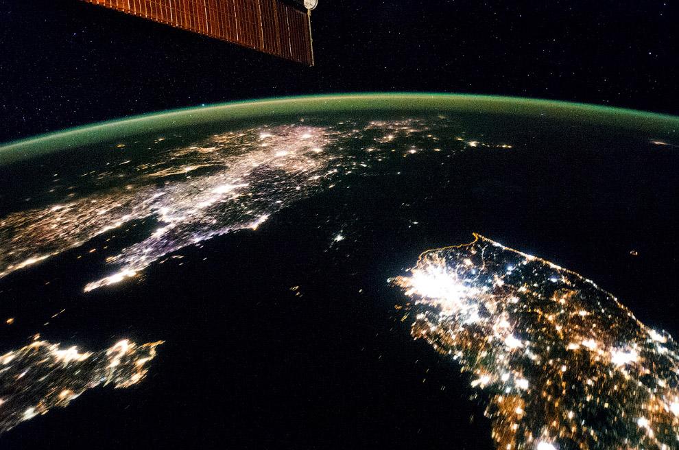 Восточная Азия и ночной образ Корейского полуострова
