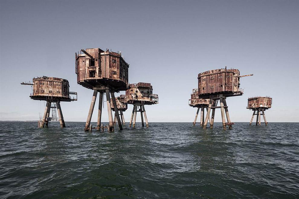 Башенные форты, построенные во время Второй мировой войны для защиты от воздушных нападений у берегов Англии
