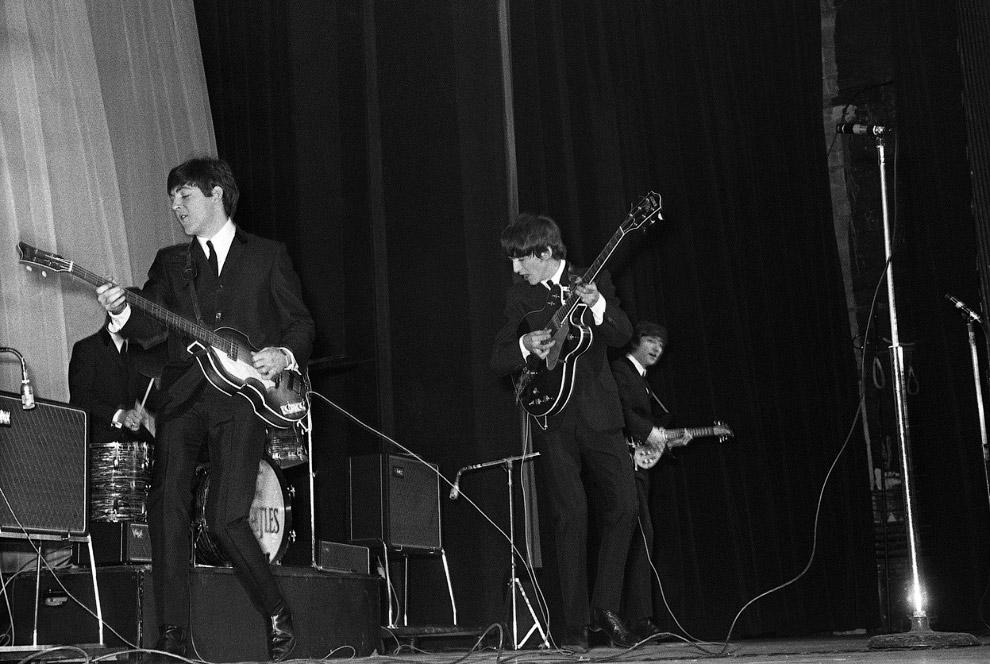 Первый концерт  Битлс за пределами Великобритании