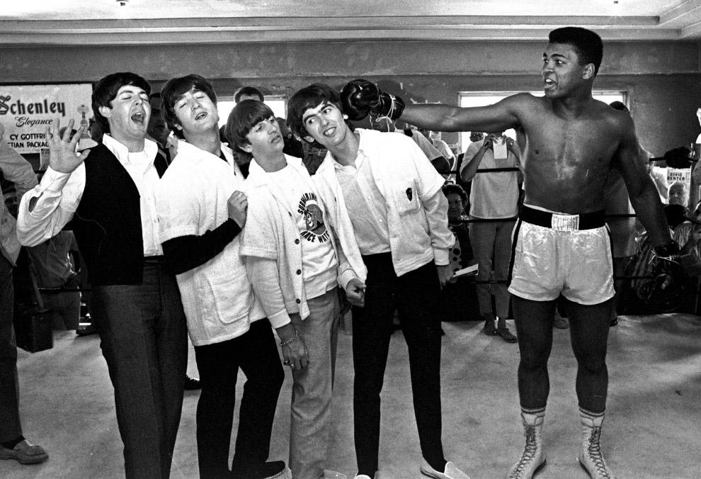 The Beatles и Кассиус Клей, который позже изменил свое имя на Мухаммед Али