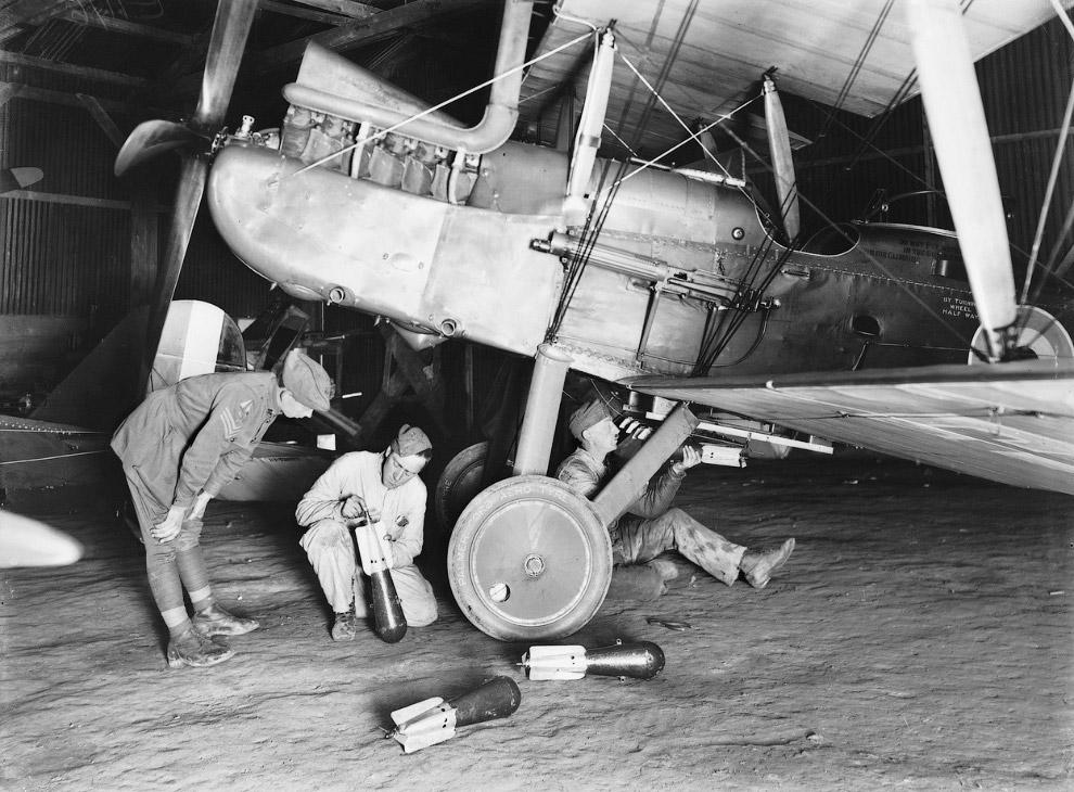Английский самолёт-разведчик R.E.8