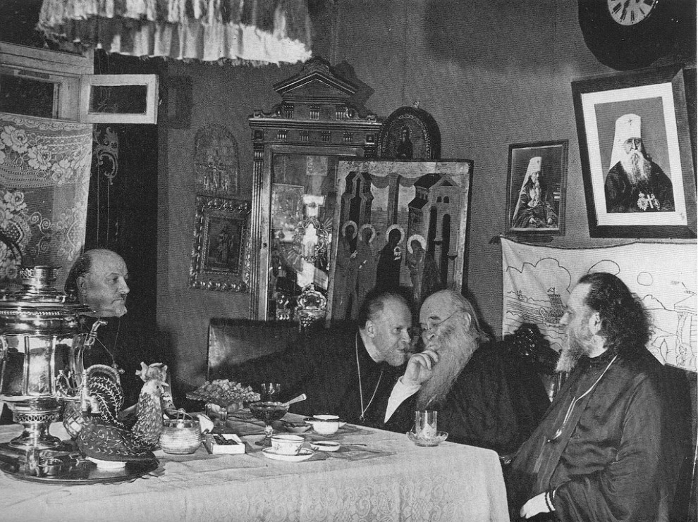 Чай с архиепископами