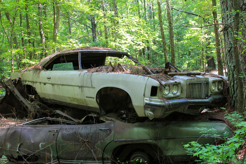 Кладбище автомобилей в Америке