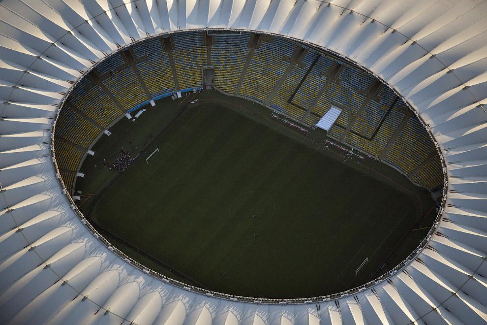 Вид сверху на стадион «Маракана́»