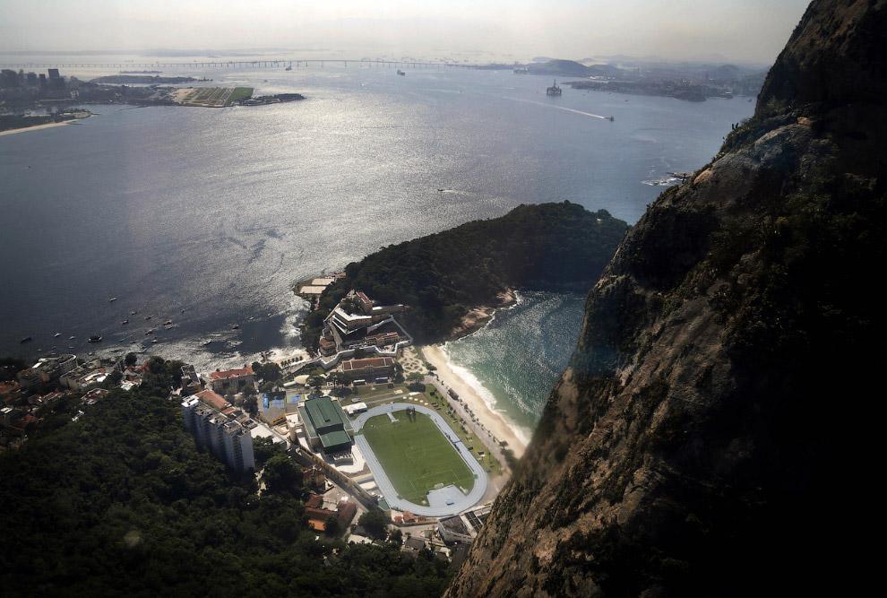 Тренировочный стадион недалеко от пляжа Копакабана
