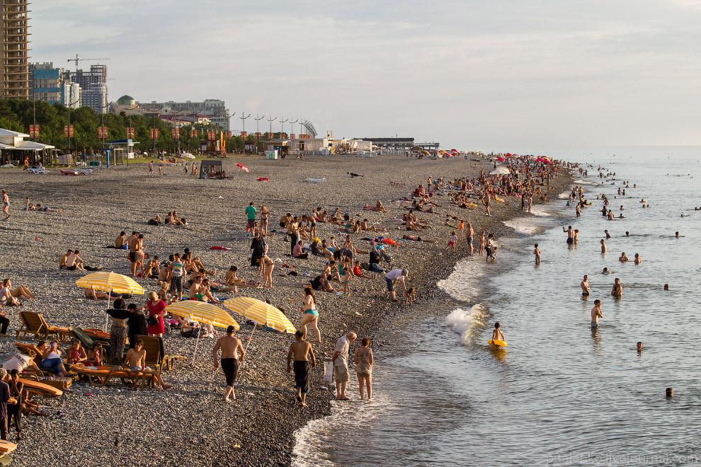 Городской пляж в Батуми