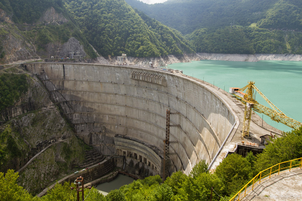 Дамба и ГЭС на реке Ингури Inguri