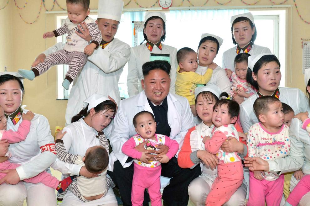 Фотосессия в больнице в Пхеньяне
