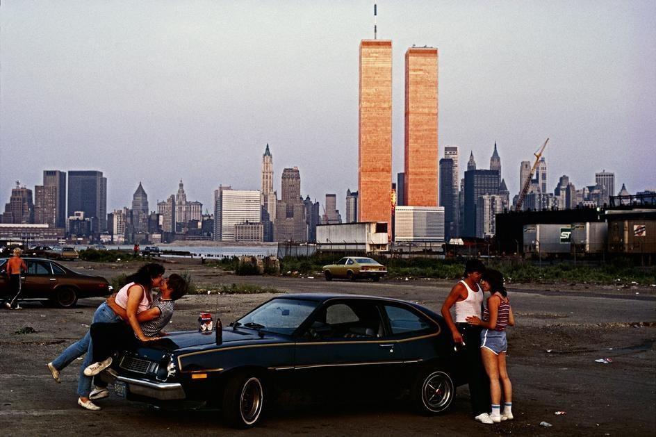 Вид на нижний Манхеттен с «улицы любви» в Нью-Джерси