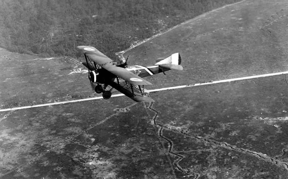 Двухместный французский истребитель-разведчик SPAD S.XVI