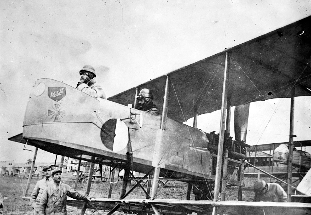 Биплан Farman MF.11 времен Первой мировой