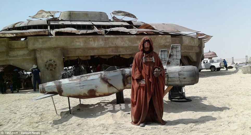 На съемочной площадке новых «Звездных войн: Эпизод VII»