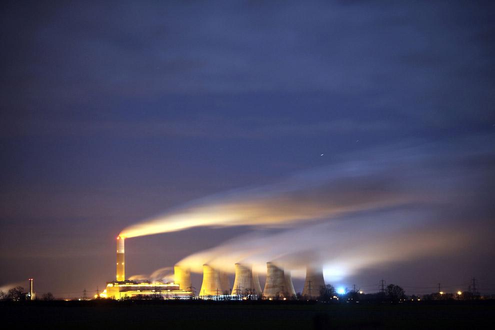 Угольная электростанция в Ноттингемшире, Великобритания