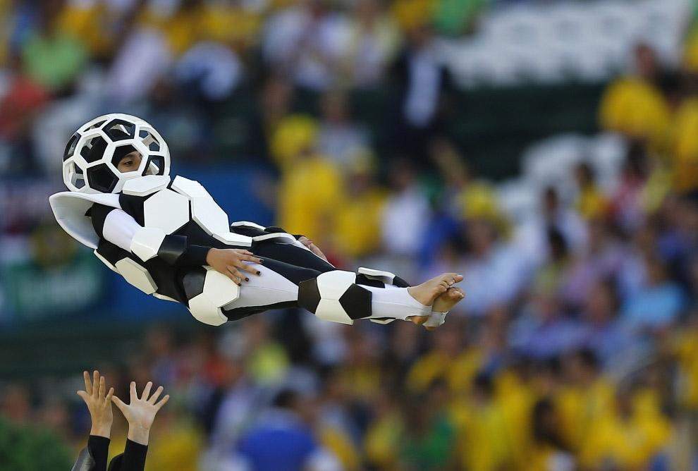 Юбилейный чемпионат мира по футболу