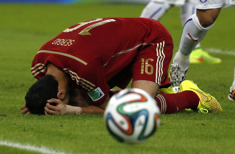 Испанский футболист после проигрыша сборной Чили
