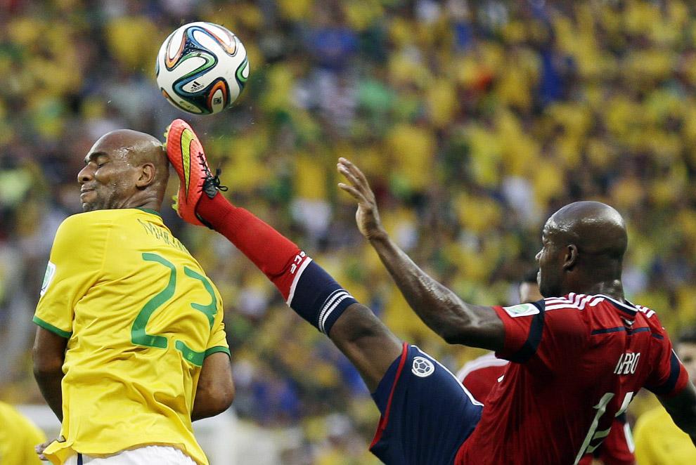 Матч между Бразилией и Колумбией