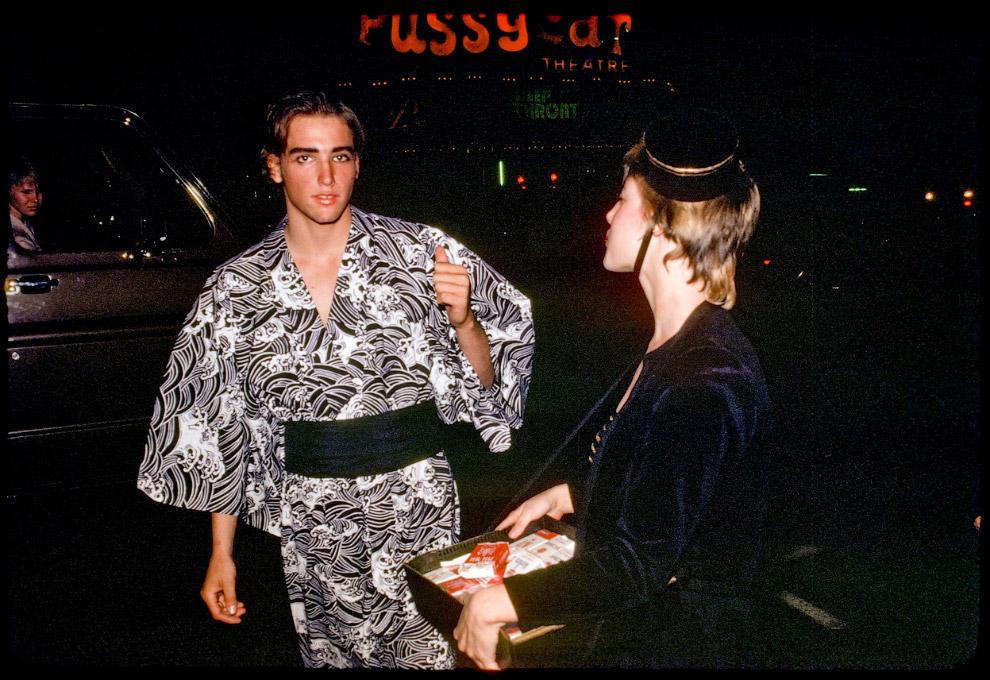 Ночь Хэллоуина на Голливудском бульваре