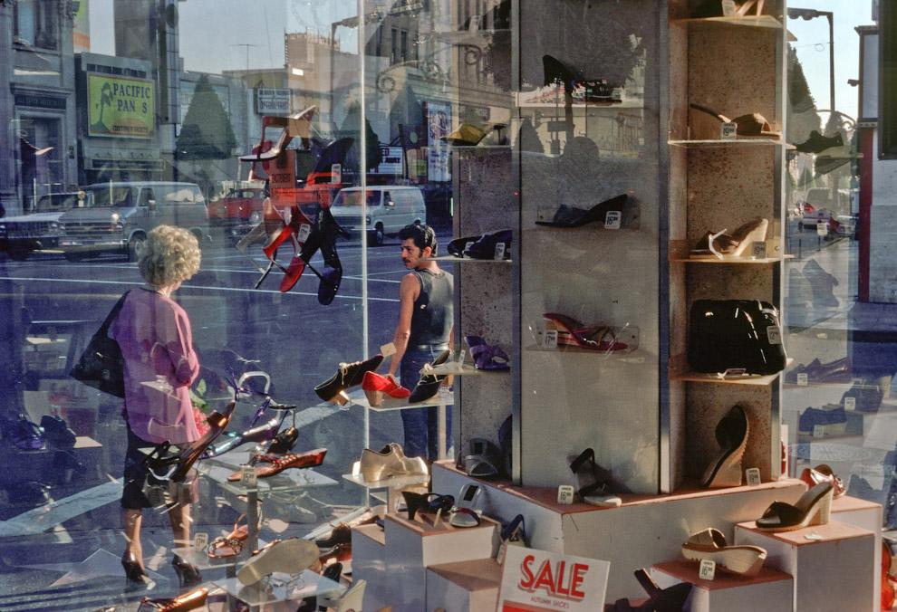 Обувной магазин на Голливудском бульваре