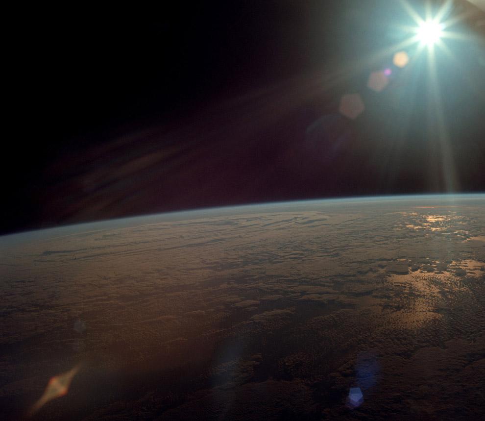 Снимок сделан с корабля «Аполлон-11»