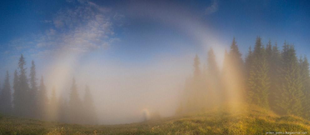 Белая или туманная радуга