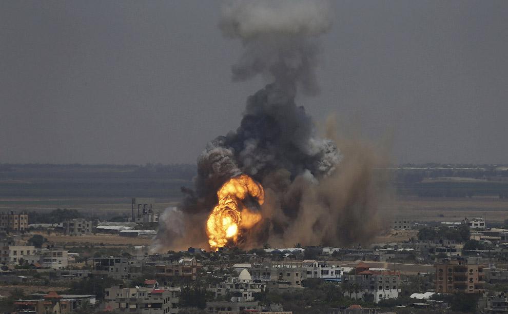 Израильский удар воздуха в Рафах на юге сектора Газа