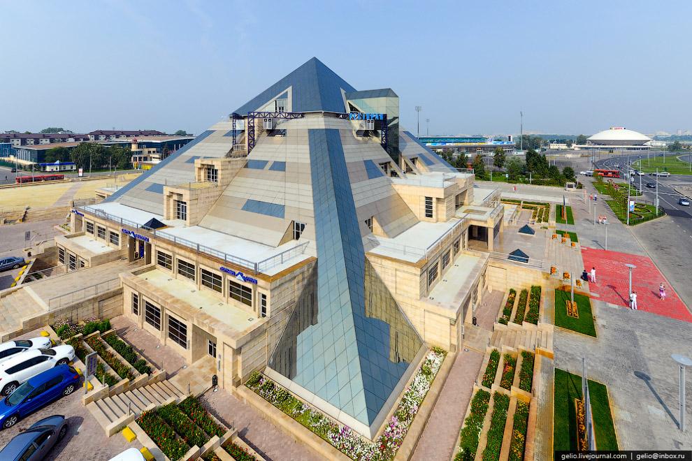 Развлекательный комплекс «Пирамида»