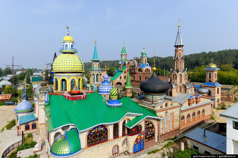 Архитектурная какофония — «Храм всех религий»