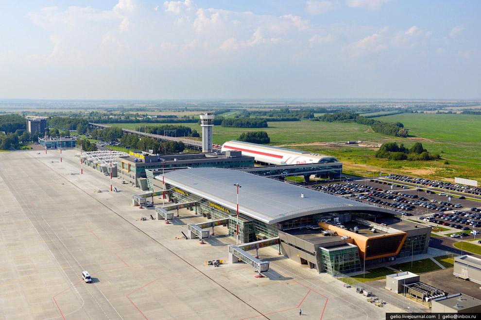 Новые здания терминалов казанского аэропорта