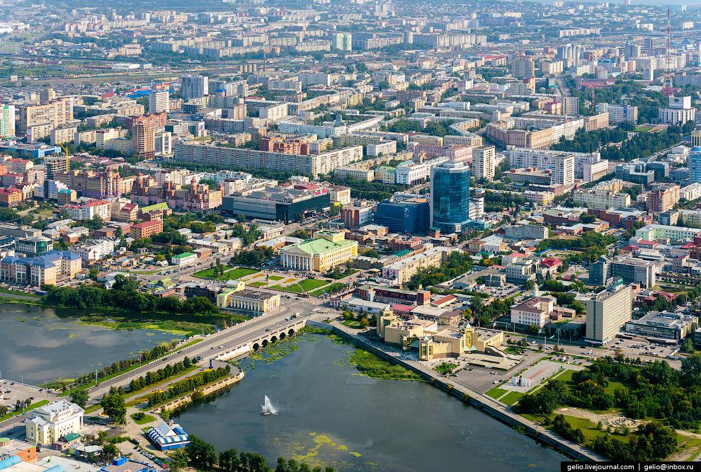 Набережная в районе Троицкого моста. Площадь Ярославского.