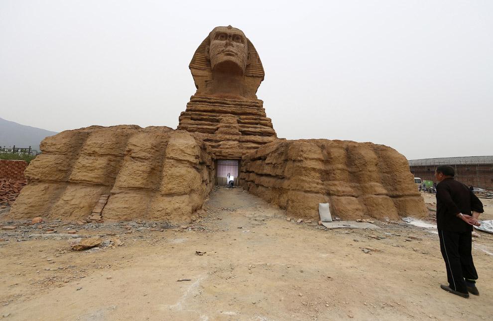 Полномасштабная копия Сфинкса в провинции Хэбэй